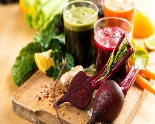 detoxifiere cu fructe si legume crude)
