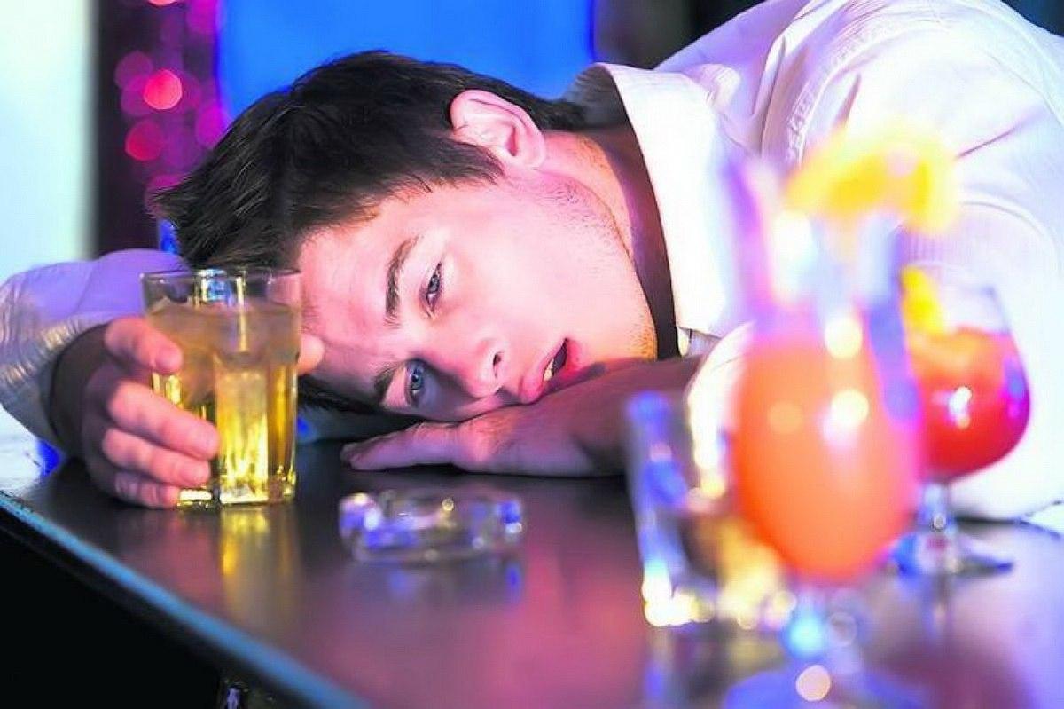 Alcoolismul: definiție, simptome și tratament - Clinica Oana Nicolau