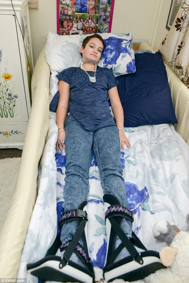 hpv vaccine girl paralyzed