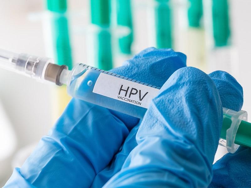 Piersicuța, un focar de dezinformare despre vaccinuri
