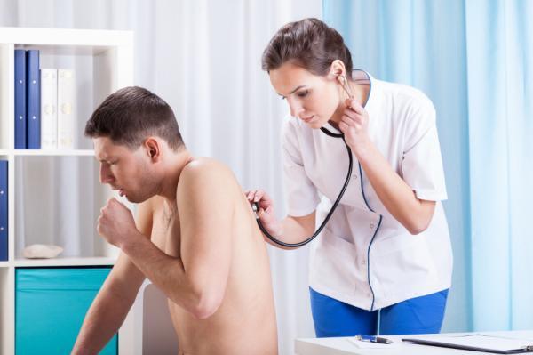 cancerul pulmonar si tusea