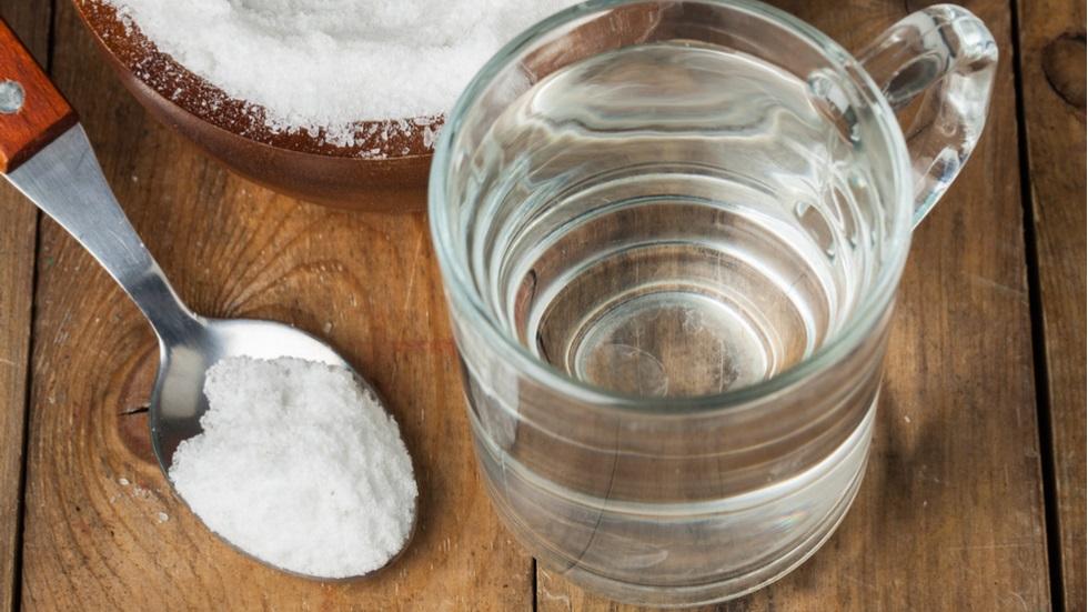 cura de detoxifiere cu apa si sare