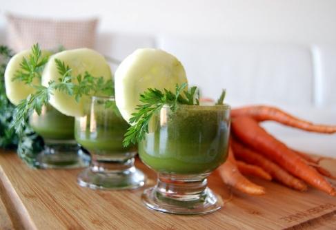 4 mituri despre detoxifierea cu sucuri. De ce nu este recomandată de nutriţionişti?
