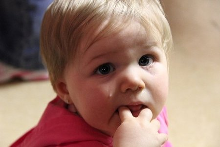 sintomas de oxiuros en bebes