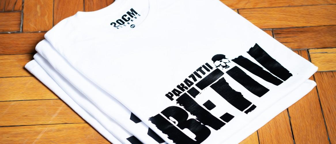 Tricouri si bluze cu Parazitii White and Proud